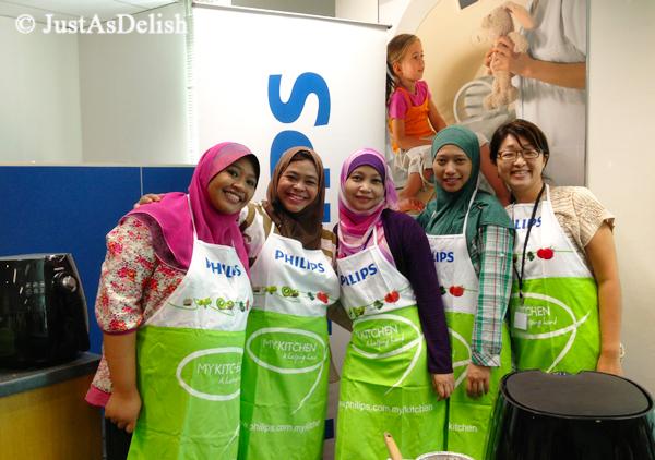 Teammates at Philips Smart Kitchen Blogger Cooking Workshop