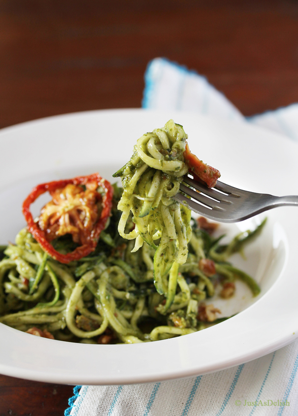 Zucchini Noodles with Sundried Tomato Pesto