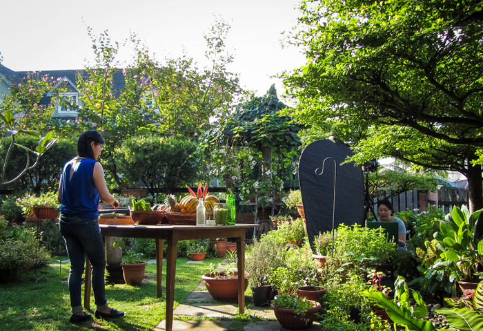 Behind the scene - Asian Raw Food Kitchen by MPH Group Publishing